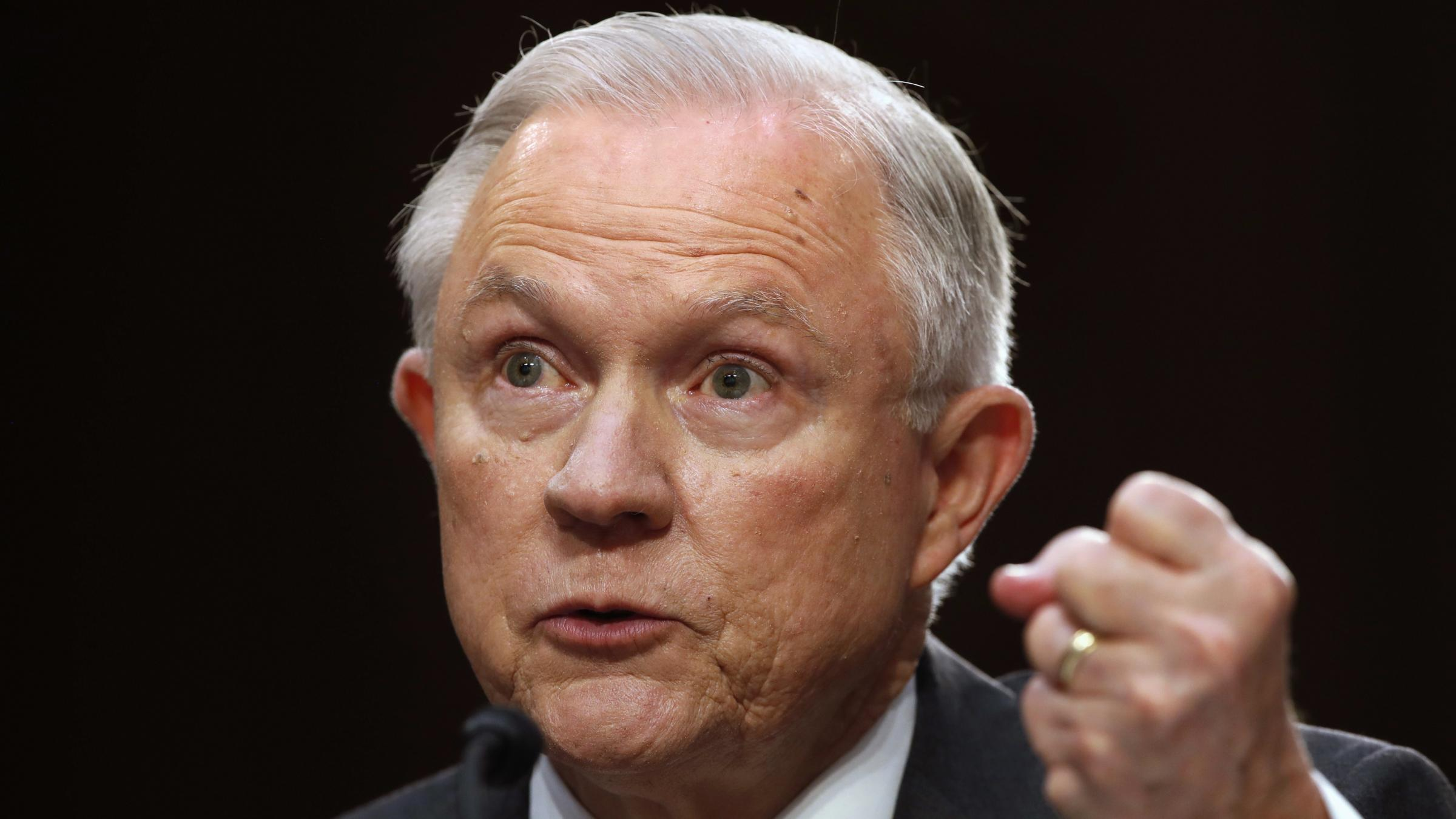 Sessions Senate hearing fails to put Russian Federation rumours to rest